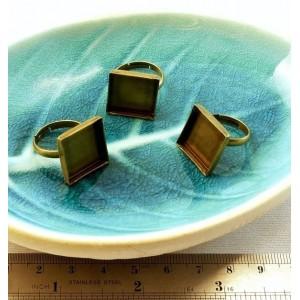 4 pieces Bronze 16 par 16 mm square rings