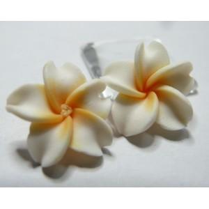 2 fleurs cabochons  fimo blanc 20mm