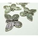 2 magnifiques papillon VA ref 155