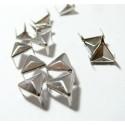 lot de 10 clous pyramide triangle à griffe de 10mm PP