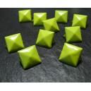 lot de 10 clous rivet 9mm pyramide carré à 4 griffes NO230