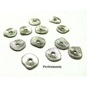 Apprêts et perles: 50 perles intercalaires 2Y4430 stries vieil argent