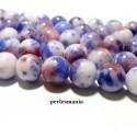Apprêt et perles: 2 perles jade teintée 12mm bleu et rouge ref73515