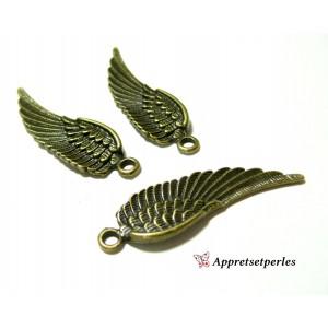Apprêts pour bijoux: 1 breloque pendentif magnifique aile Bronze ref 33