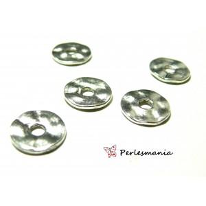 Apprêts et perles: 10 perles 2A8810 intercalaires plates martelées 14mm Argent