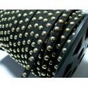 1 mètre de cordon de suédine cloutée doré aspect Daim Noir PR00213