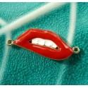 1 pendentif/ connecteur bouche A