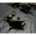 10 breloque oiseau dans le nid ref:QA 3940